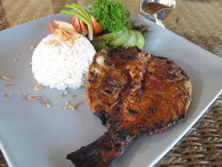 Sukun Bali Cottages Bali - Food - Grill Snapper