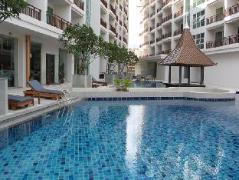 Crystal Palace Hotel Pattaya | Pattaya Hotel Discounts Thailand
