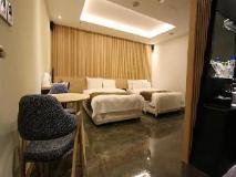 Nox Boutique Hotel: guest room