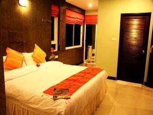 Amarin Residence Patong Beach Phuket - Deluxe Double