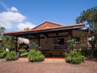Villa Crisanta Batangas - Main House - 2 Bedroom Villa