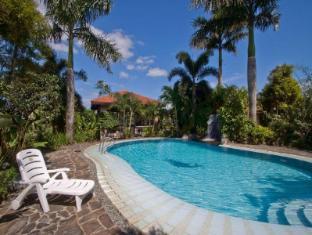 Villa Crisanta Batangas - Swimming Pool