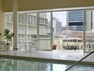 The Sutton Place Hotel Downtown Toronto (ON) - Swimming Pool