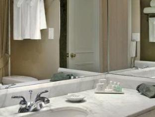 The Sutton Place Hotel Downtown Toronto (ON) - Bathroom