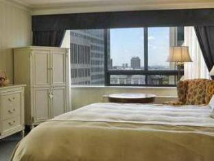 The Sutton Place Hotel Downtown Toronto (ON) - Guest Room