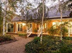 Chalets Lumineux | Australia Budget Hotels