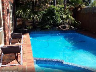 Frankston B&B Frankston - Swimming Pool