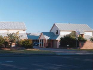 /dolphin-shores-hotel/hotel/jervis-bay-au.html?asq=jGXBHFvRg5Z51Emf%2fbXG4w%3d%3d