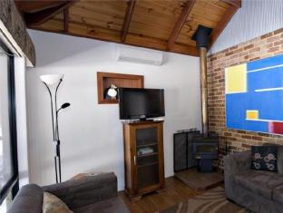Margaret River Hideaway & Farmstay Margaret River Wine Region - Living Room
