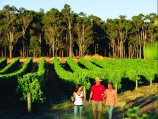 Margaret River Hideaway & Farmstay Margaret River Wine Region - Surroundings