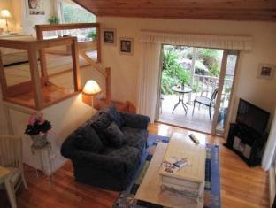/myers-creek-cascades-cottages/hotel/yarra-valley-au.html?asq=jGXBHFvRg5Z51Emf%2fbXG4w%3d%3d
