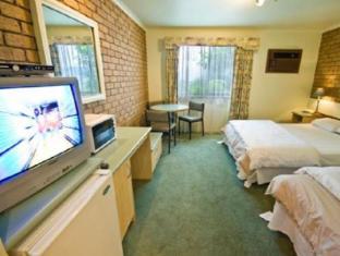 /surf-city-motel/hotel/great-ocean-road-torquay-au.html?asq=jGXBHFvRg5Z51Emf%2fbXG4w%3d%3d