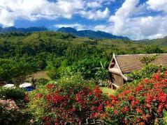 Nam Ou Riverside Resort Laos