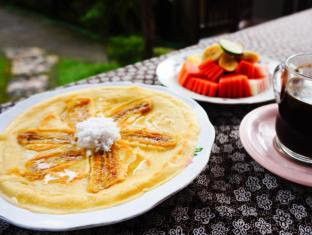 Desak Putu Putera Homestay Бали - Храна и напитки