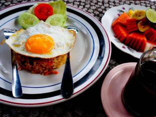 Desak Putu Putera Homestay Bali - Eten en drinken