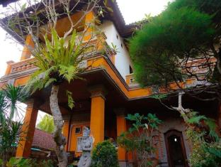 戴薩科普圖普特拉普特拉民宿飯店 峇里島