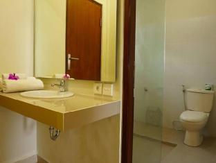 Desak Putu Putera Homestay Balis - Vonios kambarys