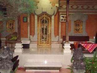 戴薩科普圖普特拉普特拉民宿飯店 峇里島 - 陽台