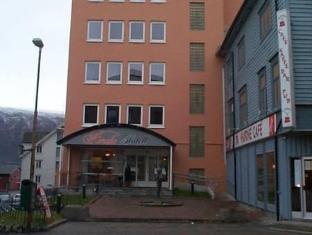 /nl-nl/amalie-hotel/hotel/tromso-no.html?asq=5VS4rPxIcpCoBEKGzfKvtE3U12NCtIguGg1udxEzJ7ngyADGXTGWPy1YuFom9YcJuF5cDhAsNEyrQ7kk8M41IJwRwxc6mmrXcYNM8lsQlbU%3d
