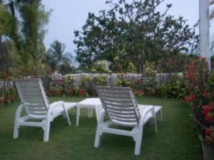 รูปแบบ/รูปภาพ:Mom Chailai Pattaya Retreat