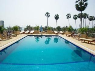 The New Eurostar Hotel and Spa Pattaya - Swimming Pool