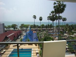 The New Eurostar Hotel and Spa Pattaya - View