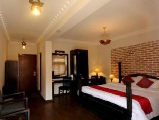 Thorong Peak Guest House Kathmandu - Suite Room