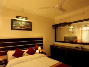 Thorong Peak Guest House Kathmandu - Deluxe Single Room