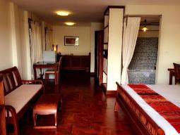 Suite Kingsize Bed