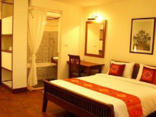 Avilla Phasouk Hotel Vientiane - Golfbaan