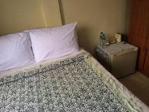 Phoxay Hotel: guest room