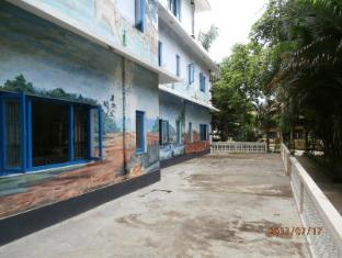 Hotel Parkside Chitwan - منظر