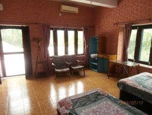 Hotel Parkside Chitwan - Chambre
