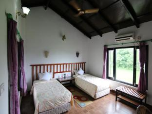 Hotel Parkside Chitwan - Guest House