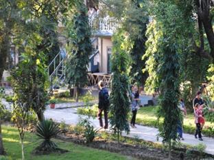 Rhino Lodge & Hotel Chitwan - Pemandangan