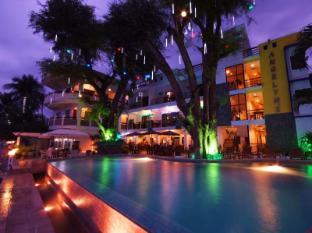 /angelyn-s-dive-resort/hotel/puerto-galera-ph.html?asq=jGXBHFvRg5Z51Emf%2fbXG4w%3d%3d