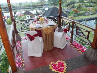 Tirta Ayu Hotel & Restaurant Tirtagangga Bali - Romantic Dinner Set Up