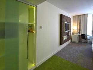 Pure White Prague - Guest Room