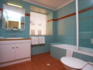 Quest Waterfront Hobart - Bathroom