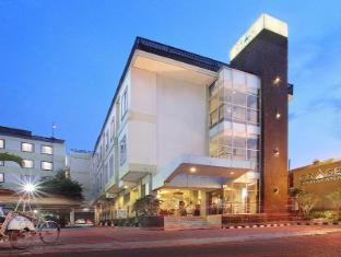 /hu-hu/grage-ramayana-hotel/hotel/yogyakarta-id.html?asq=vrkGgIUsL%2bbahMd1T3QaFc8vtOD6pz9C2Mlrix6aGww%3d