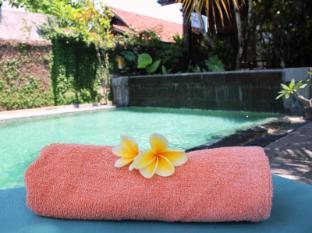Dewa Bungalows Bali - view pool