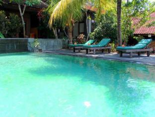Dewa Bungalows Bali - view pool 4