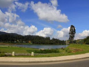 Ashley Resort Nuwara Eliya - Gregory Lake