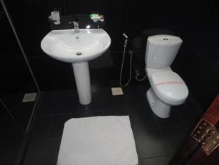 Ashley Resort Nuwara Eliya - Super Deluxe Room Bathroom