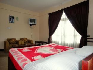 Ashley Resort Nuwara Eliya - Deluxe Room