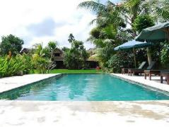 Gerebig Bungalows   Indonesia Budget Hotels