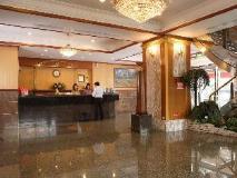 Noble Hotel: lobby