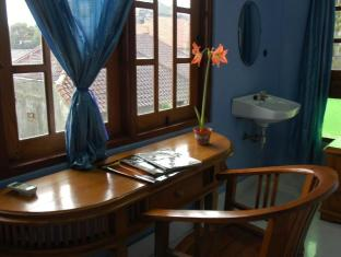 Sanur Avenue Bali - Hotellet indefra