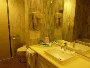 Starts Guam Golf Resort Guam - Banyo
