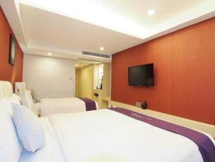 The Bauhinia Hotel - Central Hong Kong - Family Room